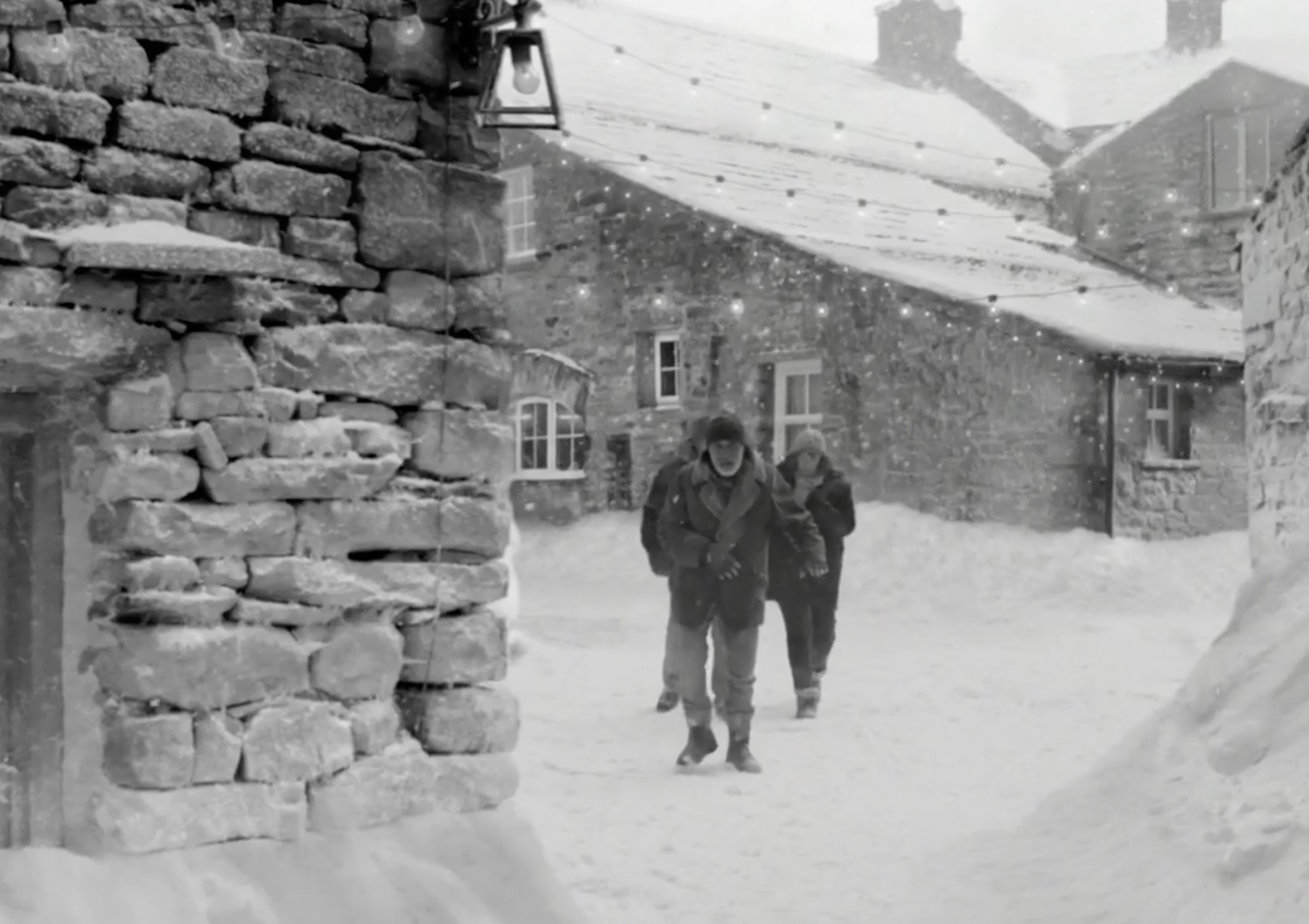 Waitrose (Snowed In) Dir Martin de Thurah